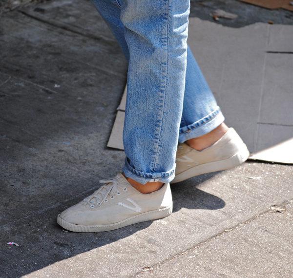 Light Washed Jeans for Summer