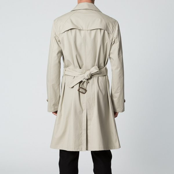 How to Wear a Belt on a Coat