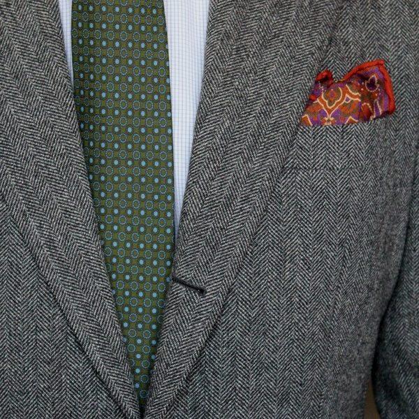 How to Wear a Grey Tweed