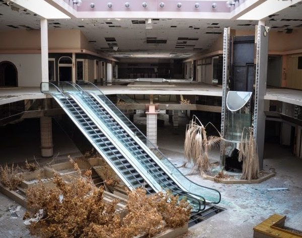 Bloomberg on What's Causing the Retail Apocalypse